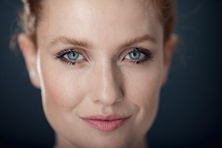 Punkte statt Linien – der neue Trend heißt Dot Make-up